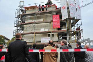 Richtfest für das neue Bürogebäude in Lahr.