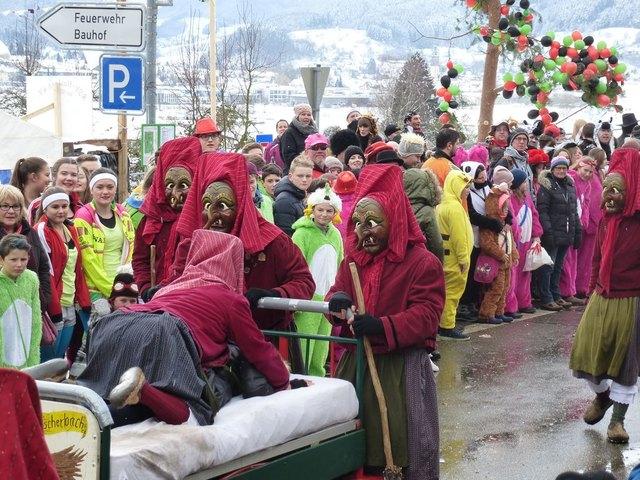 So friedlich, wie hier in Fischerbach, feierten die Narren meist im Bereich des Polizeipräsidiums Offenburg.