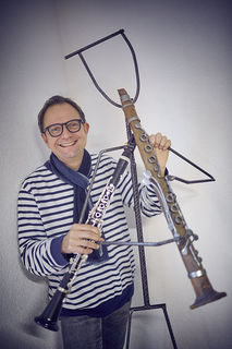 Zeno Peters machte aus seiner Leidenschaft seinen Beruf: Kaum ein Tag vergeht, an dem er nicht Klarinette spielt.