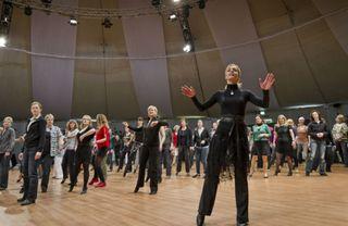 """Isabel Edvardsson, die 2006 in der ersten Staffel der RTL-Show """"Let's Dance"""" an der Seite von Wayne Carpendale siegte, ist auch 2014 beim Euro Dance Festival im Europa-Park dabei."""