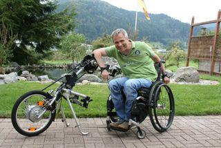 Die Natur genießen: In seiner Freizeit fährt Hans-Peter Matt leidenschaftlich gerne Handbike.