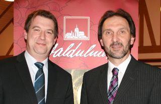 Geschäftsführer Michael Böhly (links) und Georg Börsig, der sein Amt als Vorstandsvorsitzender am Freitag zur Verfügung stellte.