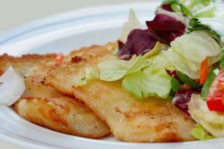 Ob gebraten, als Forelle Blau oder im Ofen gegart: Traditionell kommt an Karfreitag Fisch auf den Tisch.