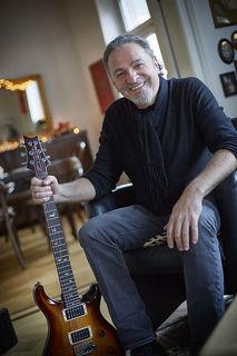 Der Offenburger Peter Oehler ist ein Vollblutmusiker. Der Gitarrist hat mit den unterschiedlichsten Künstlern im Laufe seiner Karriere zusammengespielt.