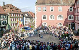 Bei dem Festival wird an verschiedenen Plätzen einiges geboten.