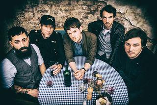 """Mit ihrem ersten Album waren """"Neo Rodeo"""" schon zu Gast bei Ina Müller in Hamburg. Schlagzeuger Jeremy Dhôme (links) kommt aus Renchen."""