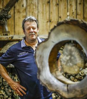 Fasziniert von Holz in seiner Vielfalt: Wolfgang Sieburg.