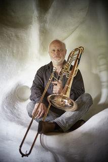 Dieter Baran ist Bassposaunist, war beim SWR-Orchester und schwingt seit 40 Jahren den Taktstock beim Musikverein Leutesheim.