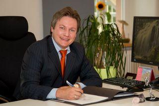 Amtsinhaber Oliver Rastetter tritt am Sonntag als einziger Kandidat bei der Bürgermeisterwahl in Lauf an.