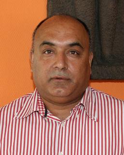 Paul Singh, Saffron Elephant, Kehl