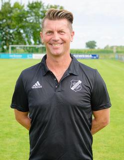 Colin Bell beendet seine erfolgreiche Traintertätigkeit beim SC Sand und coacht jetzt die irische Frauen-Nationalmannschaft.