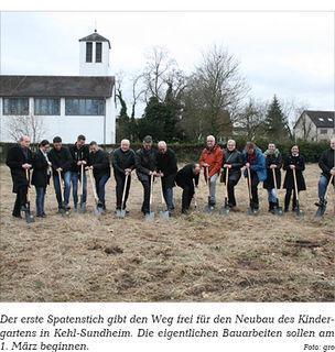 Der erste Spatenstich gibt den Weg frei für den Neubau des Kindergartens in Kehl-Sundheim. Die eigentlichen Bauarbeiten sollen am 1. März beginnen.
