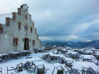 Schloß Staufenberg im Schnee