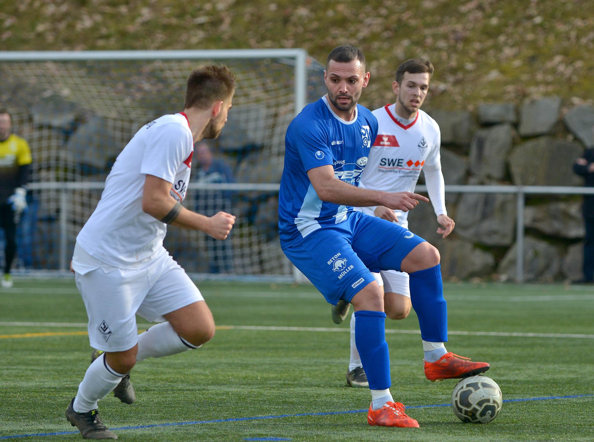 Fabian Herrmann vom SV Oberachern belegt aktuell Platz zehn in der Torjägerliste der Oberliga Baden-Württemberg.