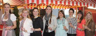 Amtierende und ehemalige Weinhoheiten besuchen regelmäßig in Ettenheim die Weinmesse, so auch wieder in diesem Jahr. ^Foto: Stadt Ettenheim