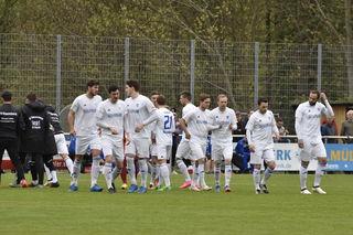 Der SV Oberachern konnte sich gestern Nachmittag über einen 2:1-Auswärtssieg in Neckarelz freuen.