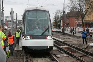 """Die erste Testfahrt war noch eine Sensation, ab Samstag ist die Tram in Kehl """"normal""""."""