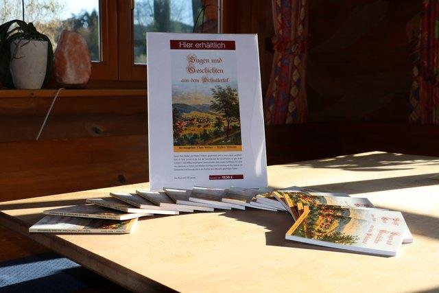 """Das Buch """"Sagen und Geschichten aus dem Schuttertal"""" ist erhältlich bei der Seelbacher Tourist-Info sowie dem örtlichen Buchhandel."""