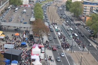 Schon am Samstagmorgen strömten die Besucher zum Tramfest nach Kehl.