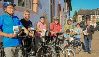 Die Arbeitsgruppe, die den Flyer erstellt hat, ist selbst sehr gerne mit dem Fahrrad unterwegs.
