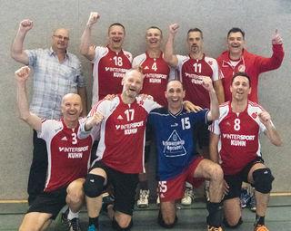 Die Senioren des VC Offenburg hatten bei der Deutschen Meisterschaft in Minden allen Grund zum Jubeln. Sie erreichten den siebten Platz.