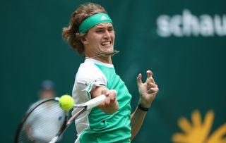 Alexander Zverev gewann gestern sein Halbfinale gegen den Franzosen Richard Gasquet und fordert heute den Rekordsieger von Halle, Roger Federer, heraus.