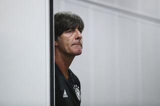 Bundestrainer Joachim Löw weiß, dass es heute gegen Kamerun kein einfaches Spiel werden wird.