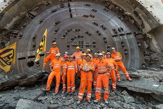 In nur 16 Monaten und damit drei Monate schneller als geplant, ist der Rohbau des Sanierungstunnel Belchen fertiggestellt.