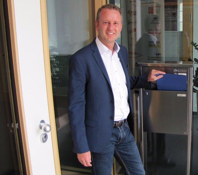 Pascal Weber hat seine Bewerbungsunterlagen eingereicht.