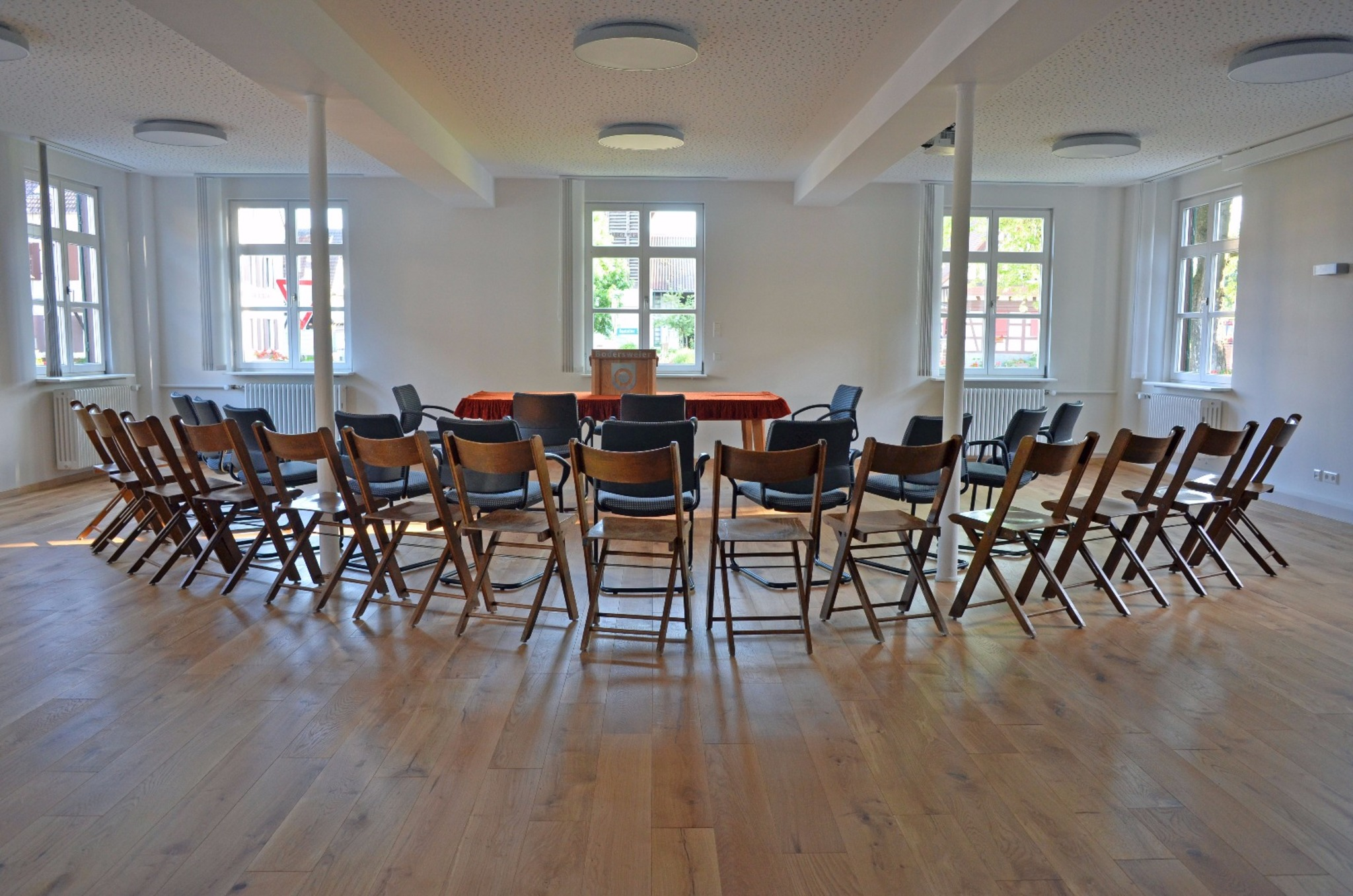 kosten f r neue technik und sanierung liegen bei euro b rgersaal bodersweier ist jetzt. Black Bedroom Furniture Sets. Home Design Ideas