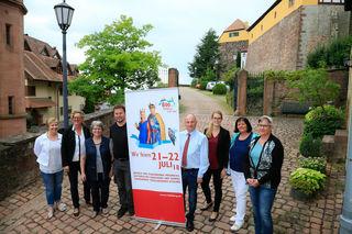 Die Fachgruppenleiter mit Bürgermeister Dietmar Benz und Hauptamtsleiterin Tanja Huber sind mitten in den Vorbereitungen für die 800-Jahrfeier.
