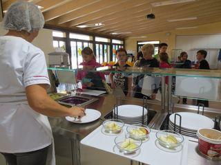Schüler, aber auch Lehrer und Gäste lassen sich das Essen in der Mensa des Geroldsecker Bildungszentrums schmecken.