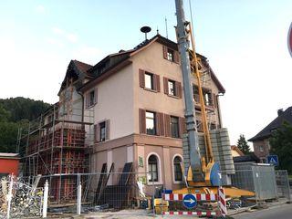 Am Nordracher Rathaus wird gearbeitet.