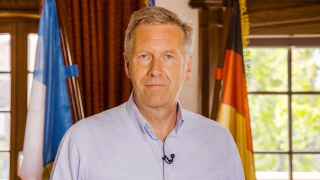 Bundespräsident a.D. Christian Wulff bei einem Interview im Europa-Park