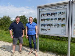 Ingo Lachmann  mit Gunia Wassmer, Geschäftsführerin der Renchtal Tourismus GmbH