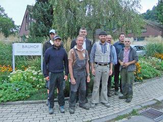 Markus Himmelsbach (vordere Reihe, dritter von links) ist Steinachs neuer Bauhofsleiter.