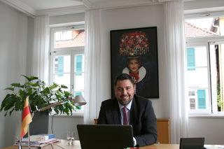 Seit 100 Tagen im Amt: Die Verpflichtung von Haslachs Bürgermeister Philipp Saar fand am 2. Juni 2017 statt.