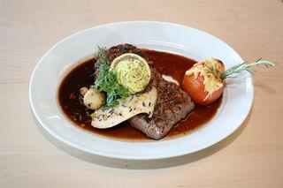 """Ein """"Flank Steak"""" wie beim Braumeistersteak wird aus dem Bauchlappen, auch Dünnung genannt, geschnitten."""
