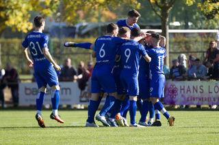 Der SV Oberachern hatte in Bahlingen allen Grund zum Jubeln. Mit einem fulminanten 6:0-Auswärtssieg kehrte er in die Ortenau zurück.