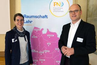Claudia Ohnemus, regionale Präventionsbeauftragte für den Bereich Lahr, und der Referent Christof Wettach, Kinderarzt in Lahr