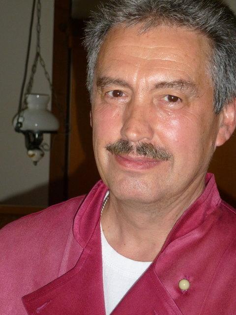 """Heinz Kohler, Gasthaus """"Zum Ochsen"""", Ortenberg"""