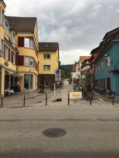 Der Zeller Gemeinderat sprach sich für eine Einbahnstraßenregelung in der Kirchstraße aus.