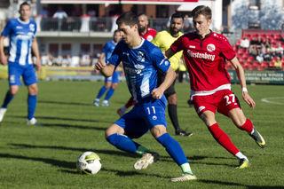 Der SV Oberachern (blaues Trikot) war auch gestern Nachmittag beim Auswärtsspiel in Bissingen nicht aufzuhalten und siegte verdient mit 5:3.
