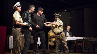 """Die Krimikomödie """"Mit-Gift"""" ist nur eines von vielen Stücken der inklusiven Theatergruppe """"Echt""""."""