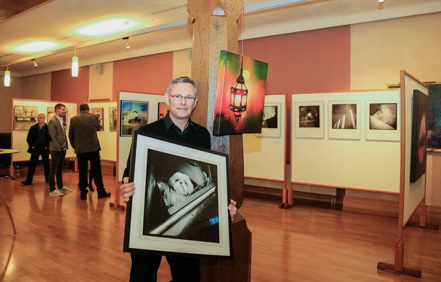 Karl Warkentin zeigt, dass es nicht immer eine große Fotoausrüstung sein muss.