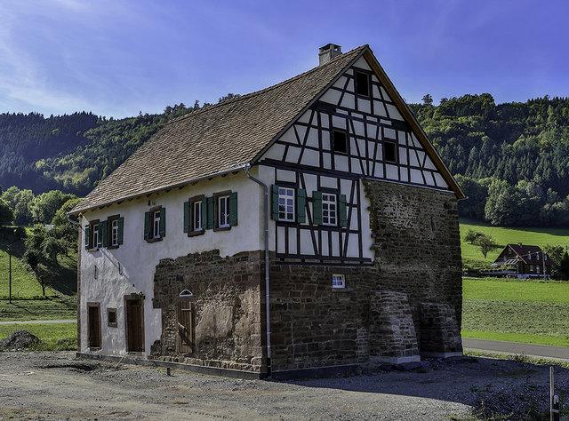 Nach der Einrichtung des 600 Jahre alten Gebäudes und der Erschließung des neuen Museumsareals wird das Schlössle mit einem Festwochenende am 24. und 25. März feierlich eröffnet.