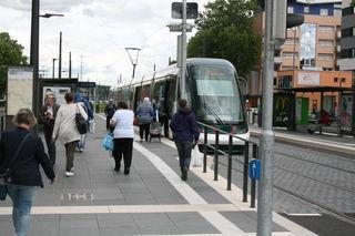 Im Advent verkehren mehr Straßenbahnzüge zwischen Kehl und Straßburg.