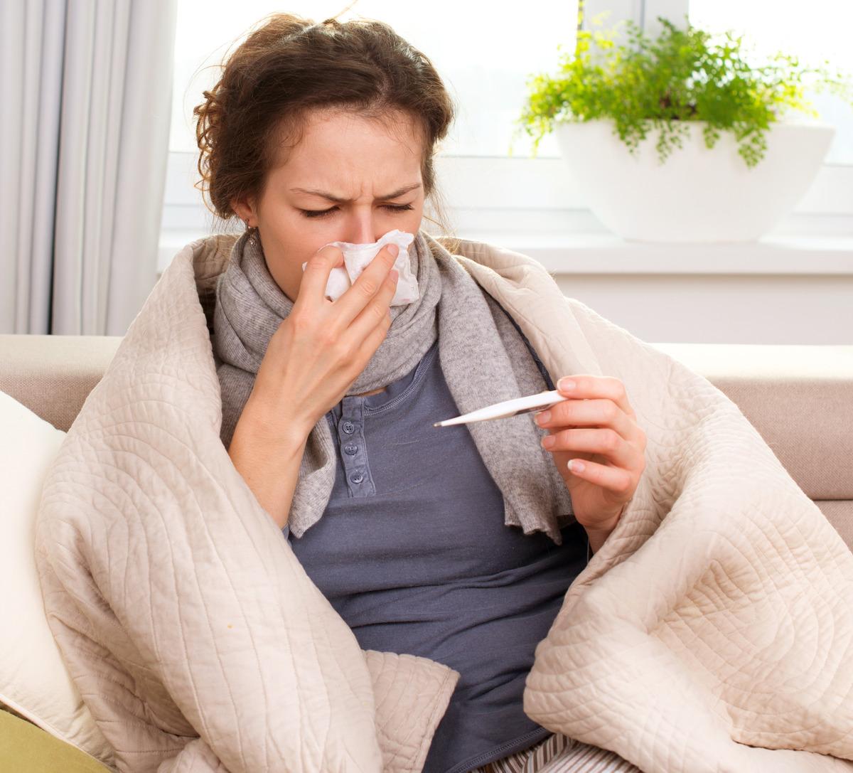 Die Impfung hilft gegen Grippe, nicht gegen einfachere grippale Infekte.