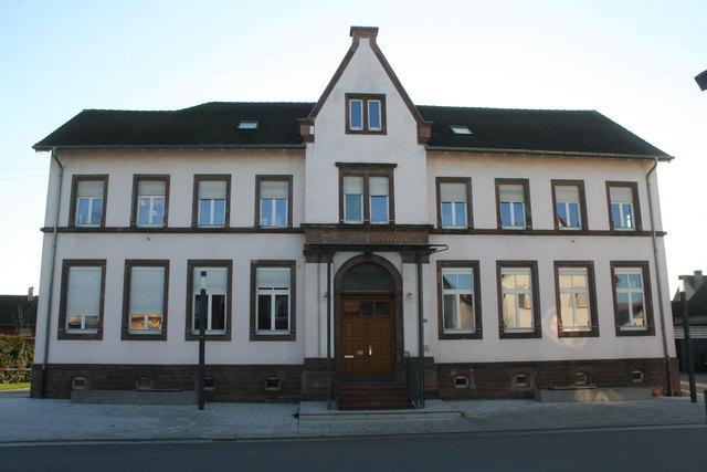 1997 beschloss der Gemeinderat, das Schwanauer Rathaus umzubauen.