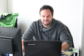 Christian Fuchs hat bei der DTP das große Ganze fest im Blick. Er ist zudem Ansprechpartner und begleitet den Verlag, wenn digitale Lösungen gefragt sind.